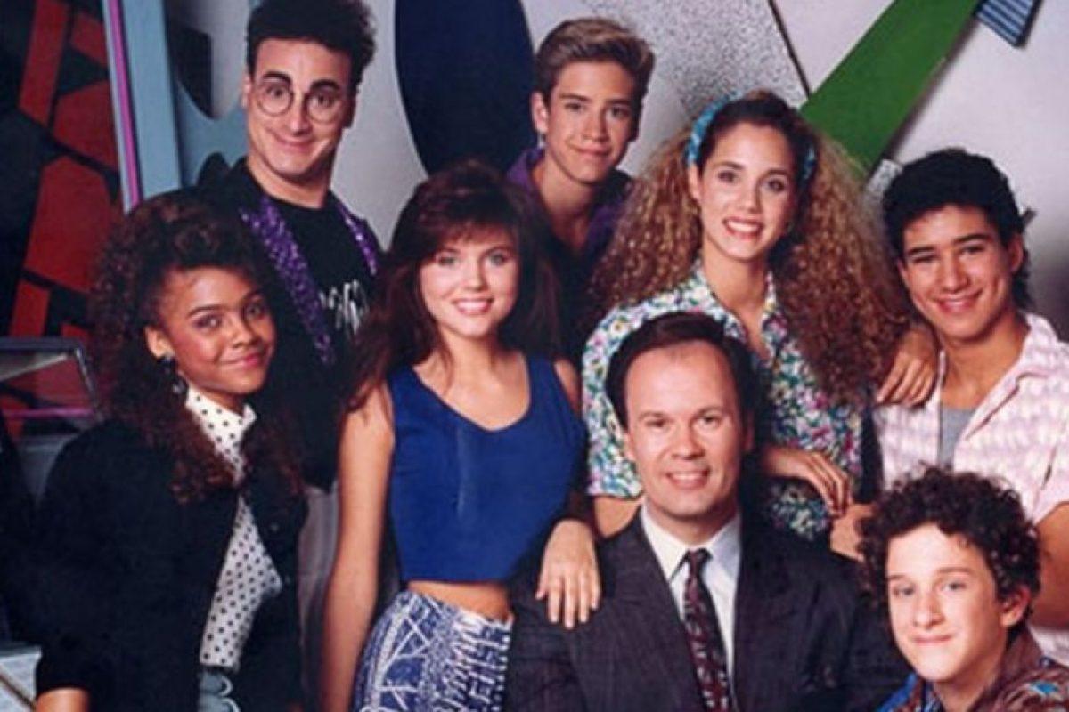 """Puede que la serie sea un clásico de los 90. Pero definitivamente, """"Salvados por la Campana"""" no ha generado titulares en la actualidad por el éxito de sus actores sino por todo lo contrario. Foto:vía NBC. Imagen Por:"""