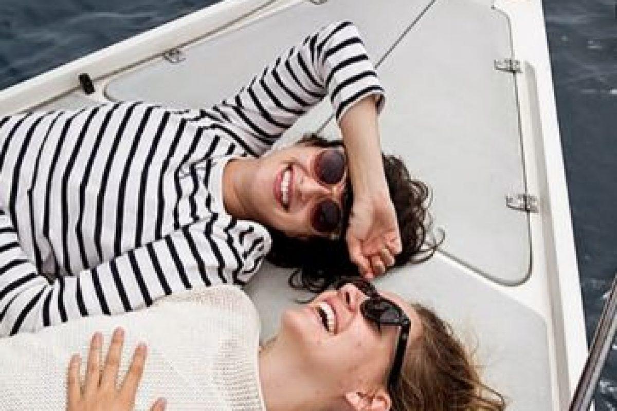 Y también compartir las sonrisas juntas. Foto:Tumblr.com/Taggged/amigas/divertidas. Imagen Por: