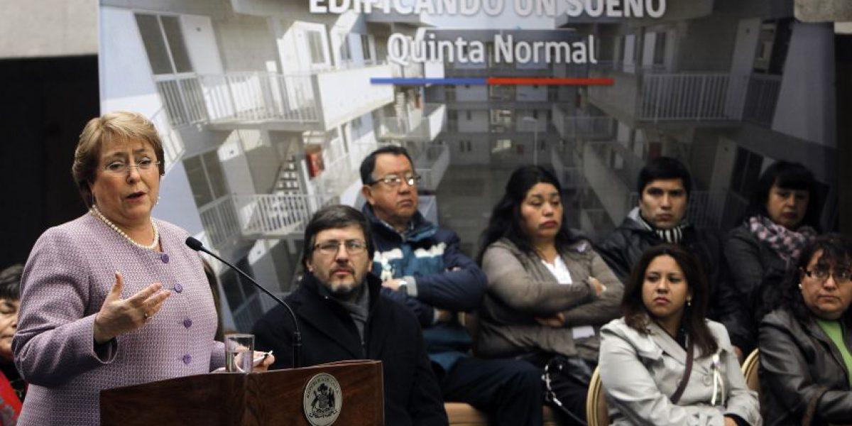 Bachelet: Gobierno trabaja para lograr la educación gratuita