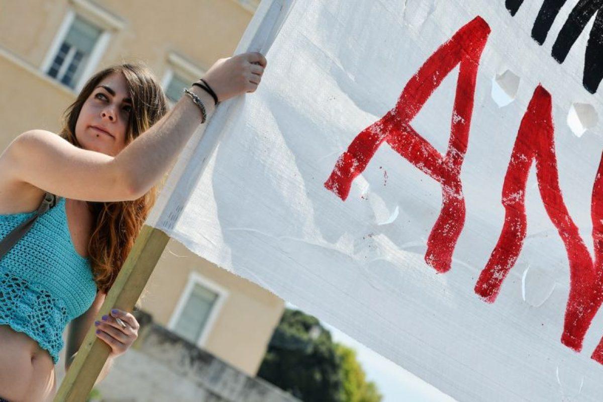 Miles de personas se manifestaron en contra del acuerdo con el Eurogrupo Foto:AFP. Imagen Por: