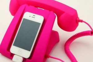Un teléfono antiguo. Foto:Pinterest. Imagen Por: