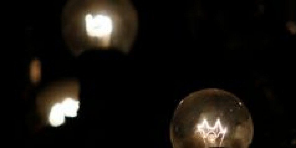 SEC formula cargos en contra de Chilectra y CGE por cortes de electricidad
