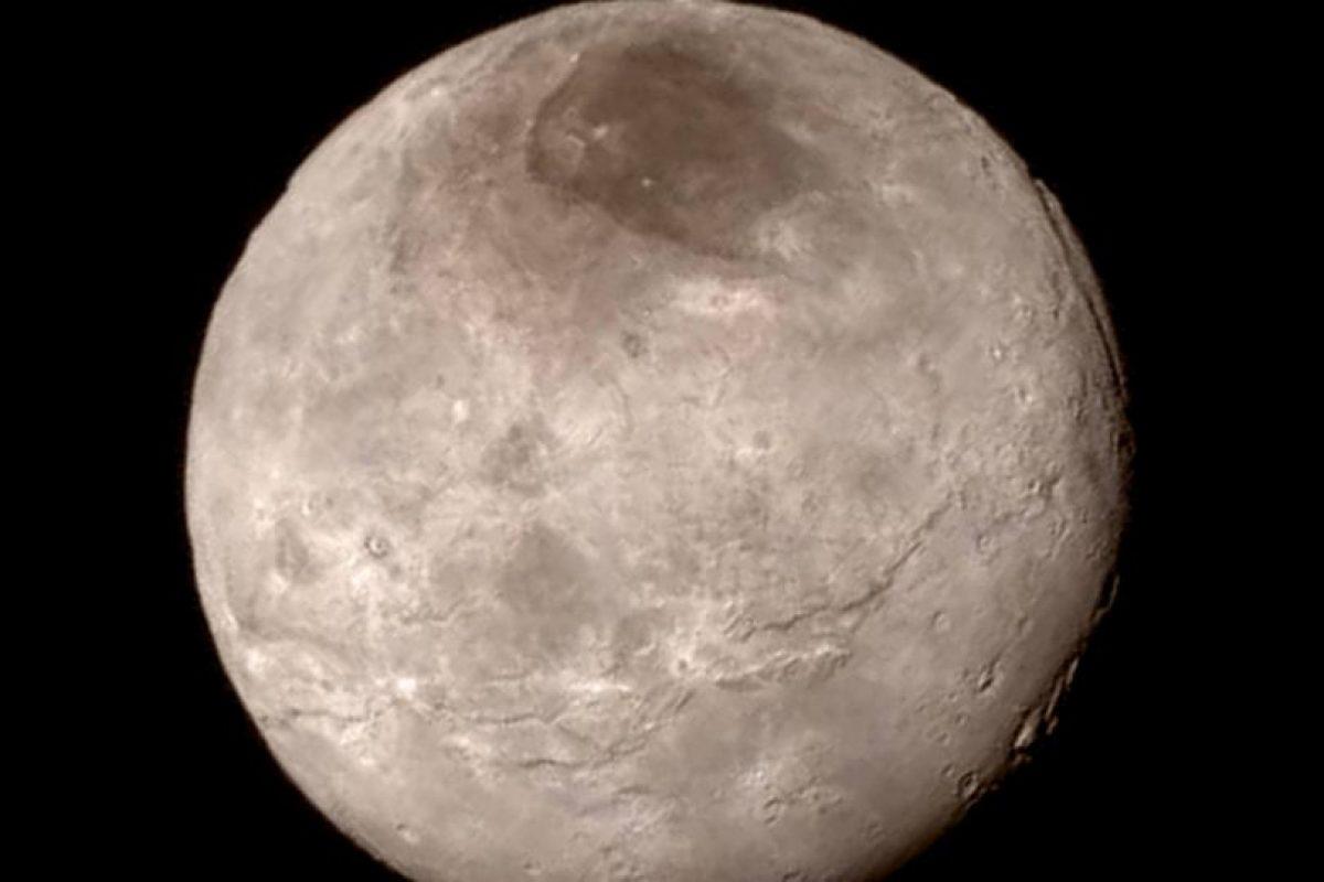 1. Dicha misión ha arrojado nuevos datos sobre el planeta, como por ejemplo, que es 80 kilómetros (50 millas) más ancho y que tiene dos mil 370 kilómetros (mil 473 millas) más de diámetro que lo que se estimaba. Foto:Vía NASA.gov. Imagen Por: