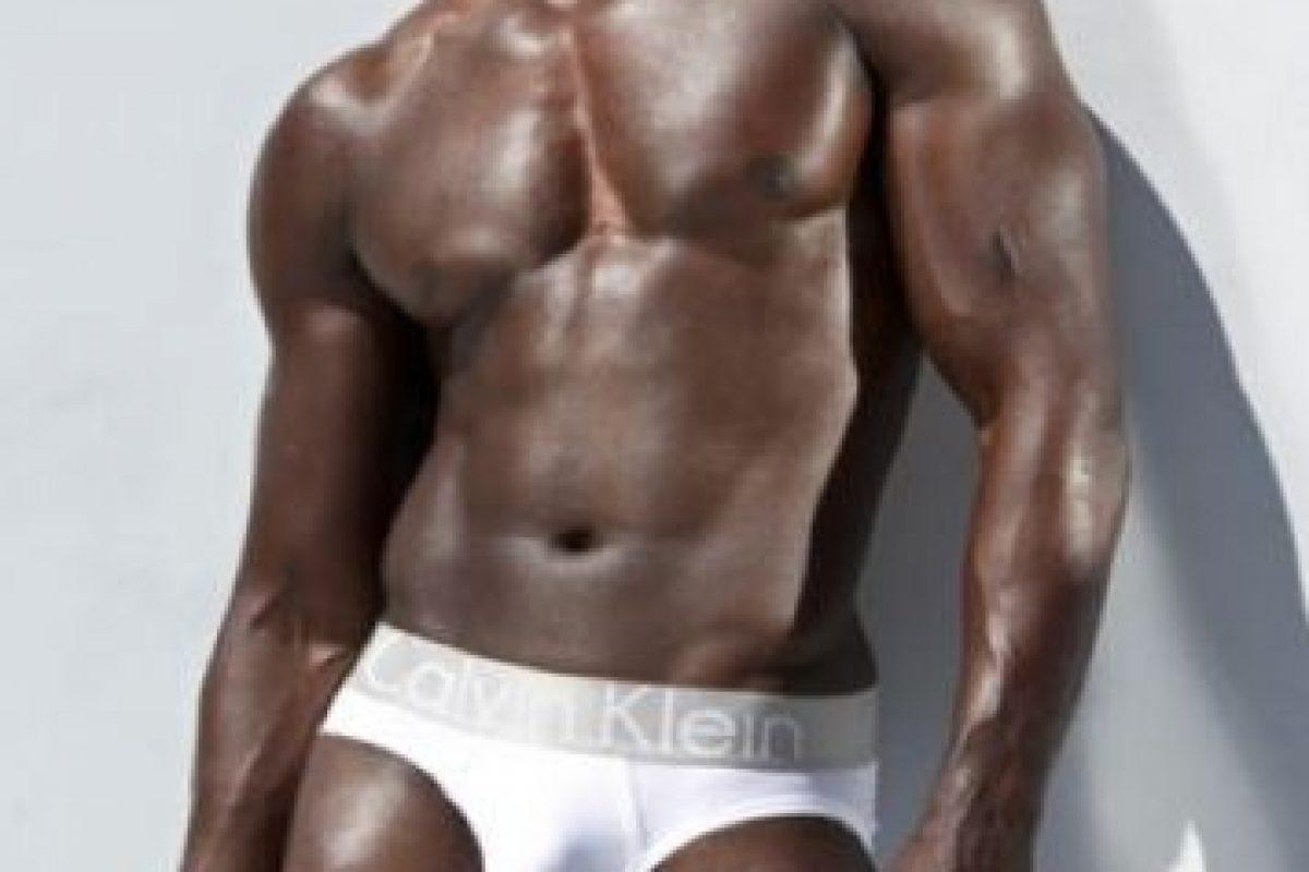 """Djimon Hounsou. El actor nominado al Oscar por """"Diamantes de Sangre"""" posó para Calvin Klein en 2007 Foto:Calvin Klein. Imagen Por:"""