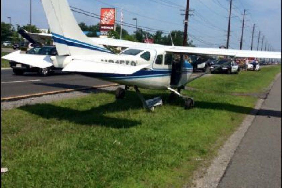 Solo un instructor resultó herido pero no de gravedad. Foto:Vía facebook.com/StaffordTownshipPoliceDepartment. Imagen Por: