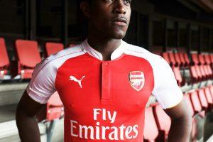 """Los """"Gunners"""" llevarán un modelo parecido al que usaron hace 10 años. Foto:Vía facebook.com/Arsenal. Imagen Por:"""