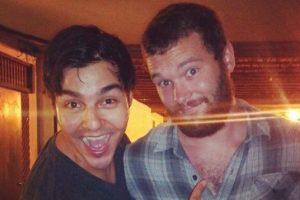"""Él no soportó la emoción de """"conocer"""" a Chris Pratt Foto:vía collegehumor.com. Imagen Por:"""