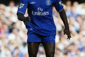 """Fue uno de los """"galácticos"""" de Florentino Pérez, pero en 2003, el presidente del Real Madrid decidió venderlo al Chelsea, donde con 30 años, se convirtió en pieza fundamental de Jose Mourinho en su primera etapa como """"Blue"""". Foto:Getty Images. Imagen Por:"""
