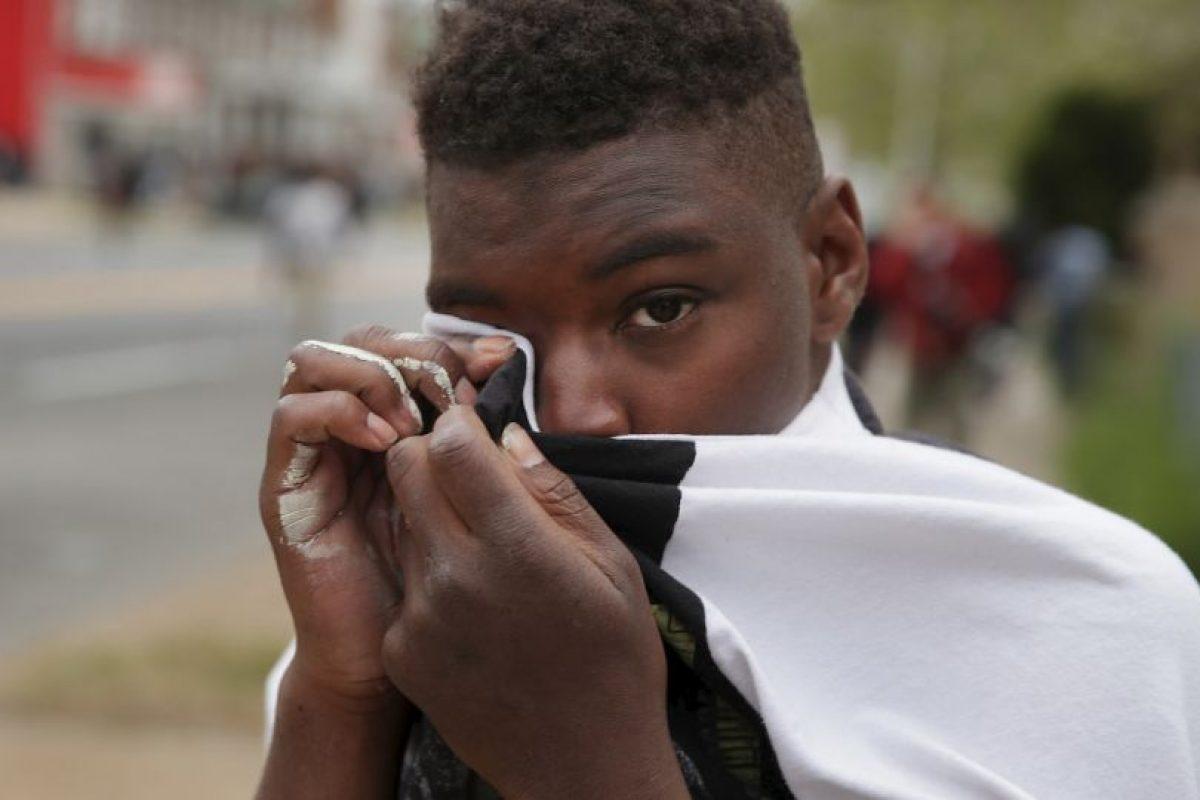 La policía logró capturar al hombre, sin embargo creían que estaba fingiendo estar mal herido. Foto:Getty Images. Imagen Por:
