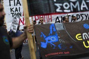 Hace 11 días, los griegos asistían a las urnas para demostrar que estaban en contra de las medidas del Eurogrupo. Foto:AFP. Imagen Por: