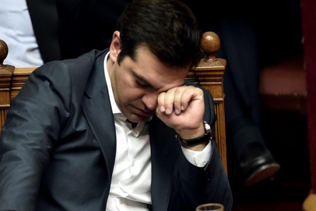 Uno de los emblemas de la campaña, y de los primeros meses de gobierno de Alexis Tsipras, fue el rechazo a las medidas impuestas por sus acreedores para el pago de la deuda griega. Foto:AFP. Imagen Por: