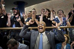 La NASA logra sobrevolar con éxito el planeta enano Plutón. Foto:AFP. Imagen Por: