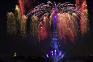 Se celebró la Toma de la Bastilla en París Foto:AFP. Imagen Por:
