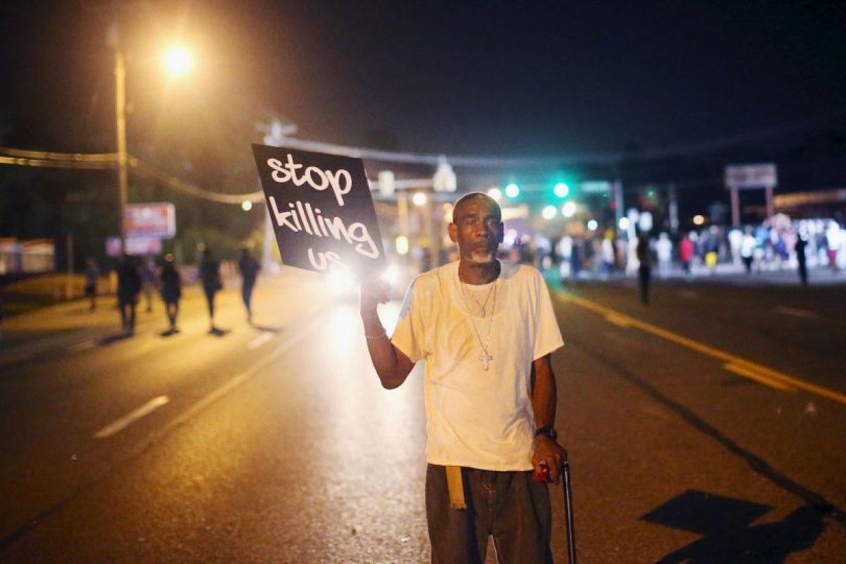 5. El manejo del caso generó protestas y disturbios en Ferguson y en múltiples ciudades de Estados Unidos. Foto:Getty Images. Imagen Por: