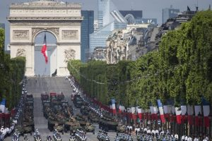 Celebración del 14 de julio en París Foto:EFE. Imagen Por: