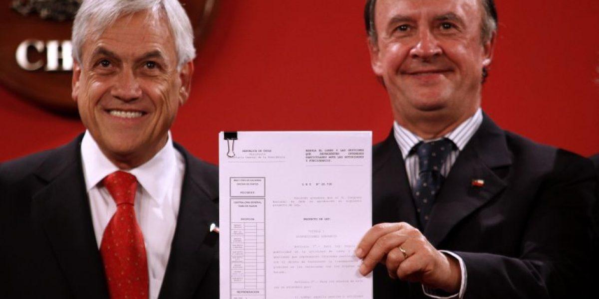 Hijo de ex ministro de Piñera figura como ganador de una Beca Chile