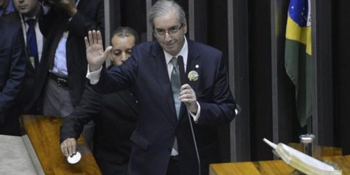 Jefe de diputados de Brasil declara guerra a Rousseff por caso Petrobras
