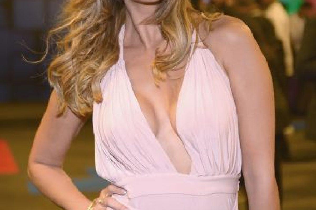 La estrella de Univisión arrancó suspiros con este vestido rosa Foto:Getty Images. Imagen Por: