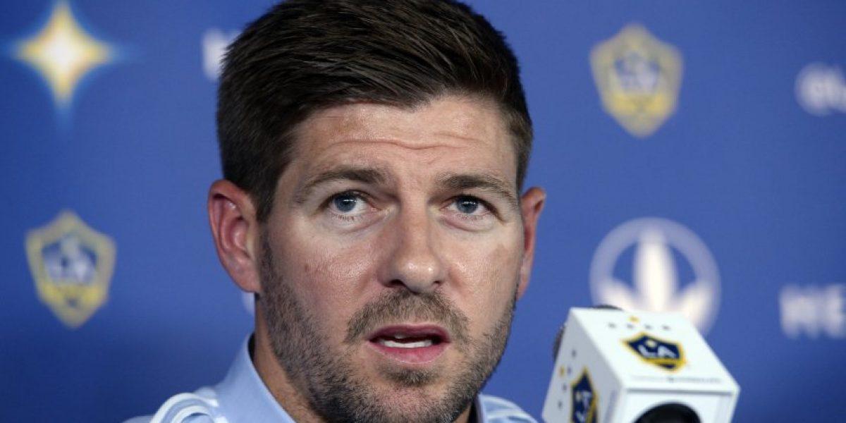 Steven Gerrard se declara fan de Giovani Dos Santos