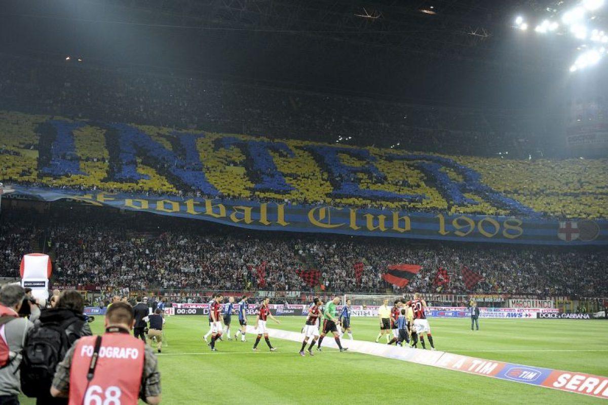 Es casa del AC Milán (San Siro) e Internazionale de Milan (Giuseppe Meazza), se inauguró en 1926 y tiene capacidad para 81 mil espectadores. Foto:Getty Images. Imagen Por: