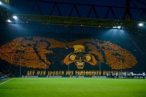 Es la casa del Borussia Dortmund, se inauguró en 1974 (con el nombre de Westfalenstadion) y tiene capacidad para 80 mil espectadores. Foto:Getty Images. Imagen Por: