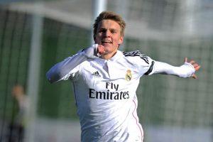 Es quizá el más mediático de todos por jugar en el Real Madrid. Sólo tiene 16 años ya debutó en la selección absoluta de Noruega. Foto:Getty Images. Imagen Por: