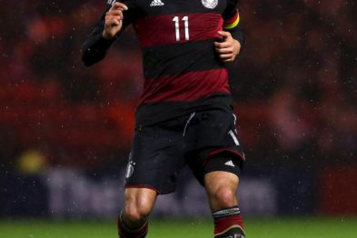 Tiene 21 años y aunque se formó en el Bayern Munich, ahora juega para el Liverpool. Es mediocampista. Foto:Getty Images. Imagen Por: