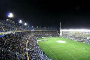 La Bombonera (Buenos Aires, Argentina) Foto:Wikimedia. Imagen Por:
