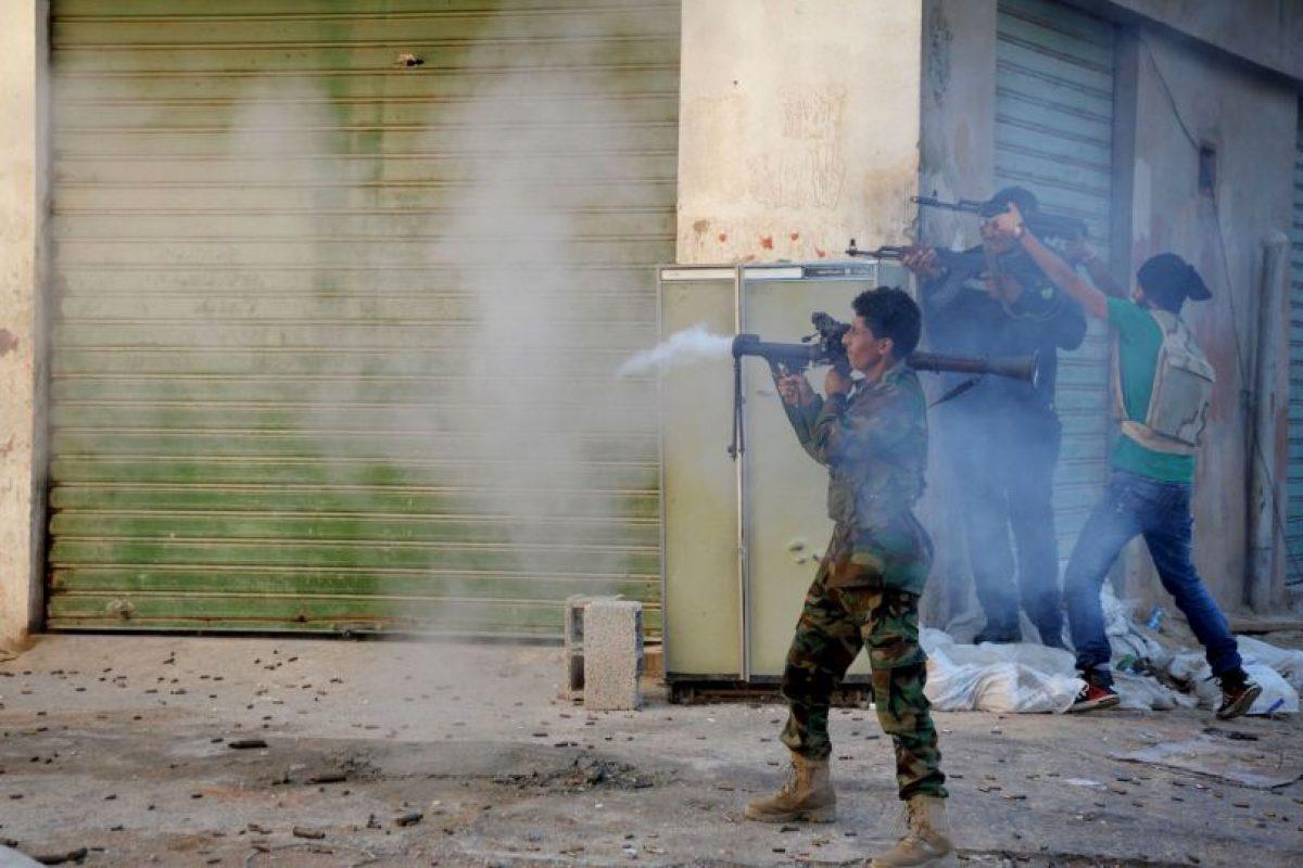 La guerra contra Estado Islámico continúa con una coalición de varios países liderada por Estados Unidos, a un año de que el grupo terrorista declarara el Califato. Foto:AP. Imagen Por: