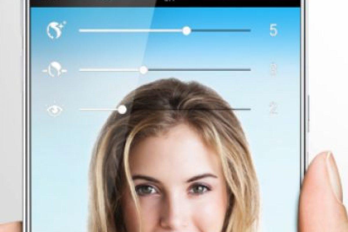 La nitidez, resolución y opciones de pantalla se mantienen como en el actual Galaxy S6 Foto:Samsung. Imagen Por: