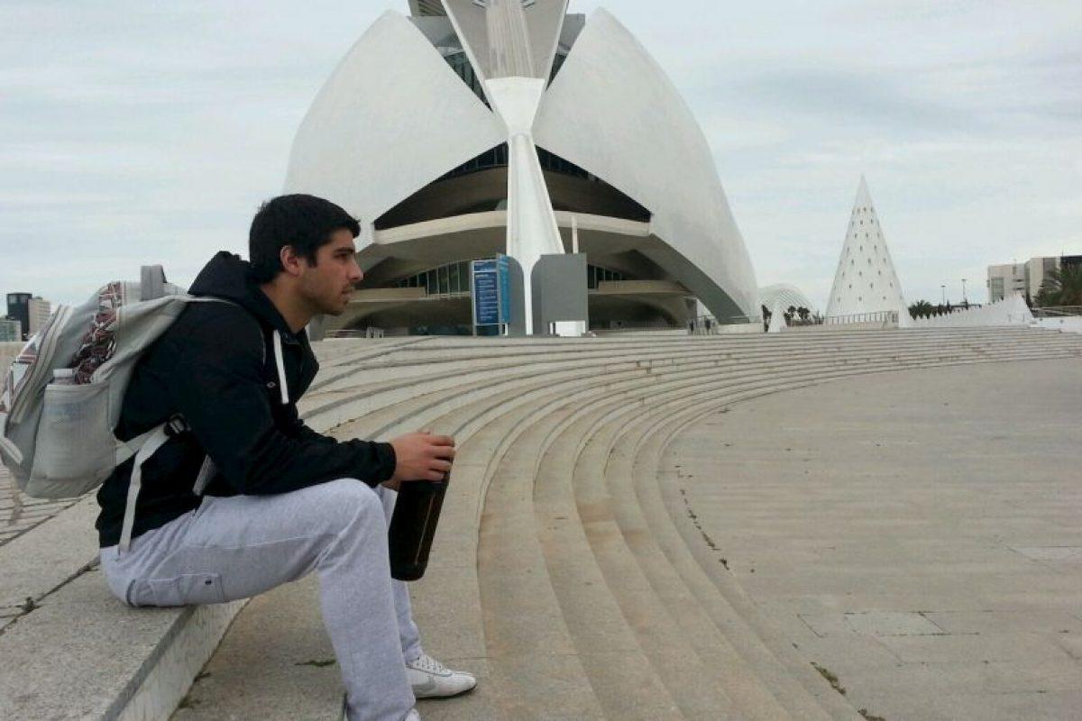 Juan Mauri tiene 26 años y jugaba en el Tiro Federal de Bahía Blanca de la tercera división de Argentina Foto:Vía twitter.com/juanmauri. Imagen Por: