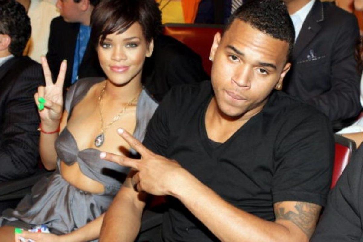 En 2009 Chris Brown se declaró culpable de haber maltratado a Rihanna. Esta ruptura sí que alegró a todos. Pero volvieron en 2013… por un tiempo. Y luego, se separaron. Foto:Getty Images. Imagen Por: