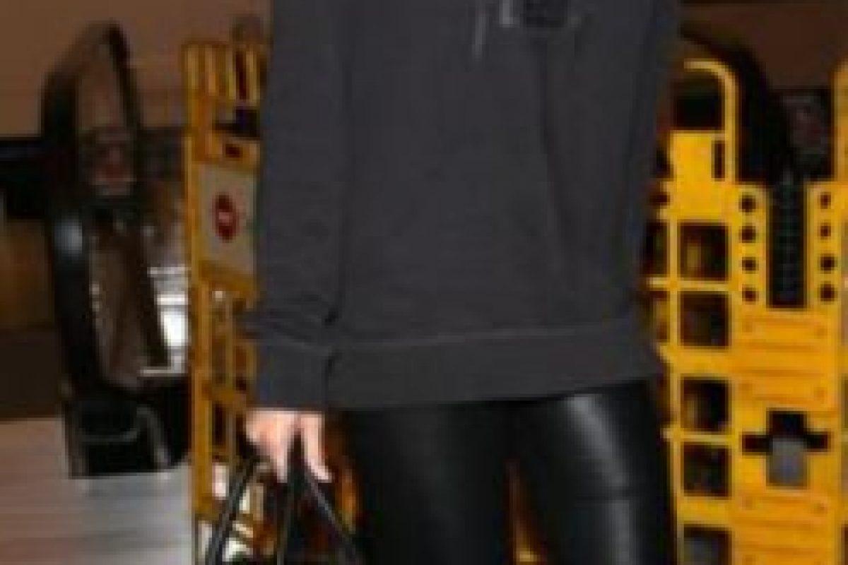 Su sobriedad da claves de estilo a su hermana. Foto:vía Getty Images. Imagen Por: