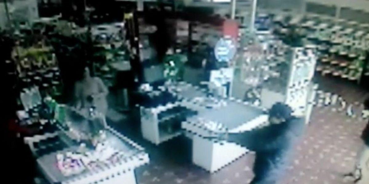 Joven de 16 años asalta dos veces en una semana mismo minimarket