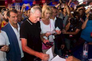 Johan Cruyff Foto:Vía twitter.com/FCBarcelona_es. Imagen Por: