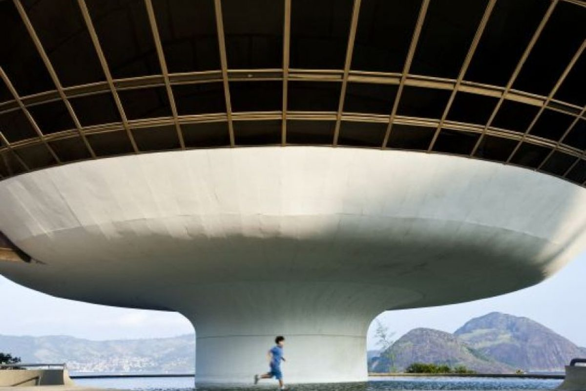 11. El museo de arte contemporáneo de Niterói, Río de Janeiro, Brasil. Foto:GETTY IMAGES. Imagen Por: