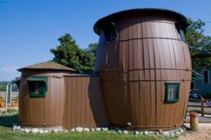 19. Casa Barril de Pickles , Grand Marais, Michigan, EEUU. Foto:Foto reproducida. Imagen Por: