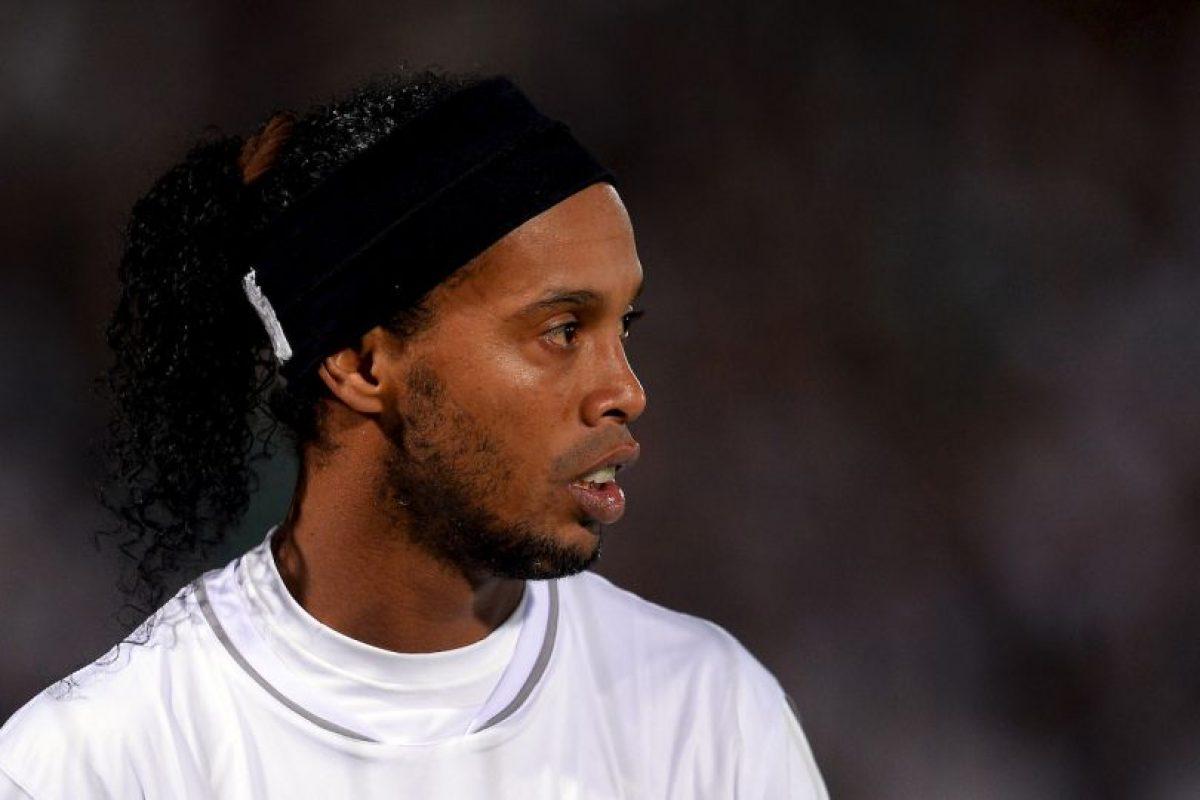 Ronaldinho ganaba 1.8 millones de dólares en el Querétaro de México Foto:Getty Images. Imagen Por:
