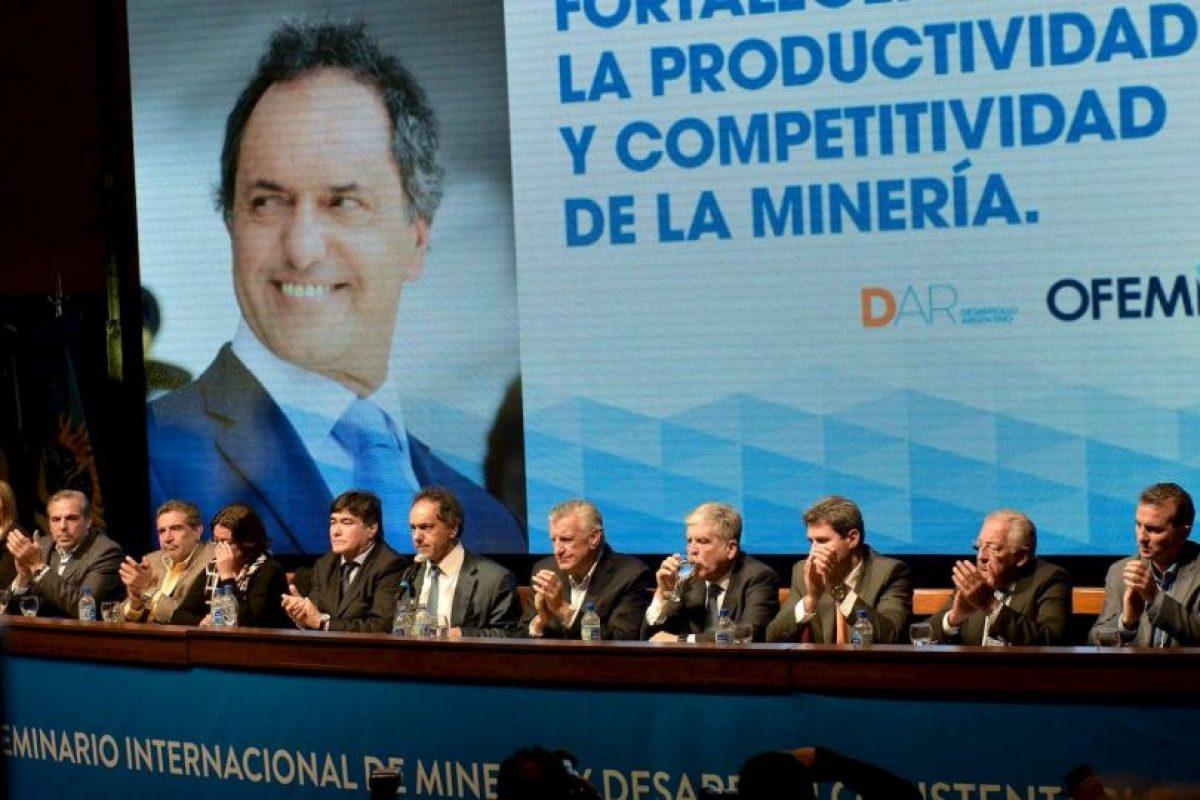 Fue vicepresidente de la Nación Argentina de 2003 a 2007, en el mandato de Néstor Kirchner Foto:Facebook.com/danielsciolioficial. Imagen Por: