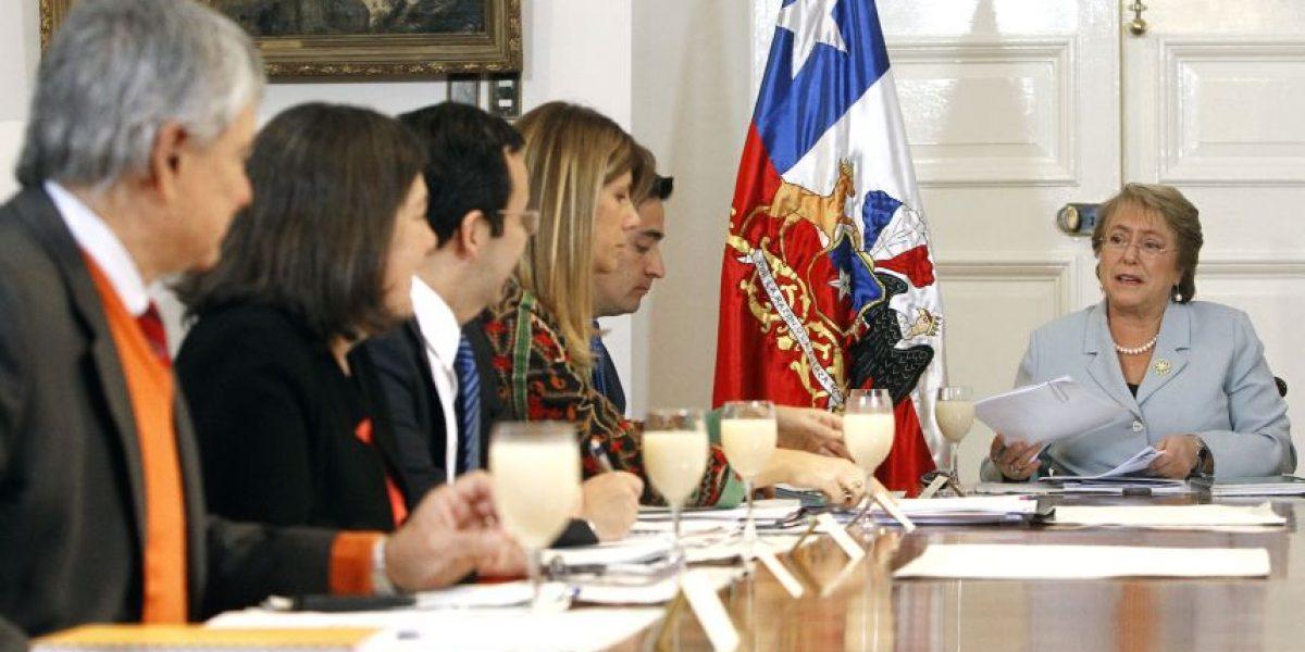 Fijan fecha para cónclave de la Nueva Mayoría con Bachelet