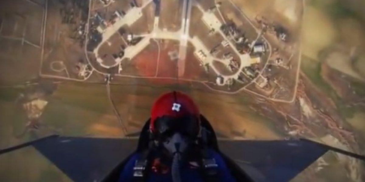 Para valientes: así un piloto llega a 15 mil pies en menos de un minuto