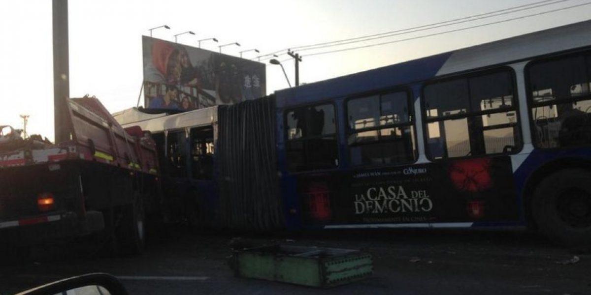 Accidente de tránsito generó gran congestión en Vespucio