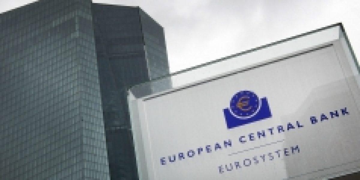 Grecia efectuó pagos atrasados y sale del default