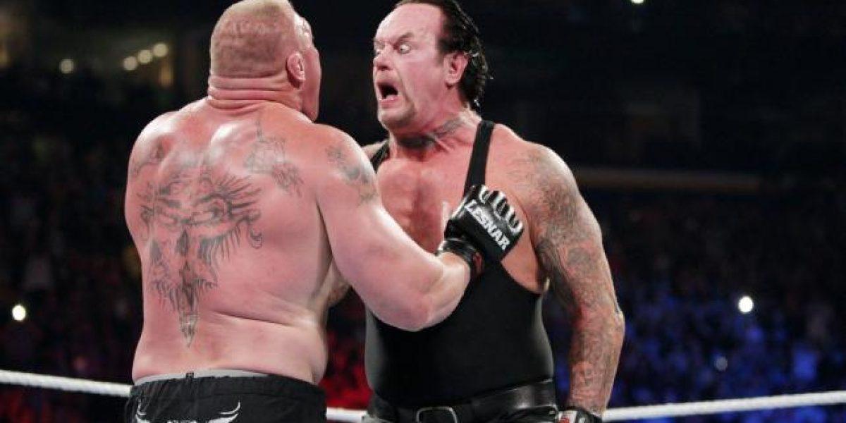 VIDEO: Así fue el espectacular regreso de Undertaker a la WWE