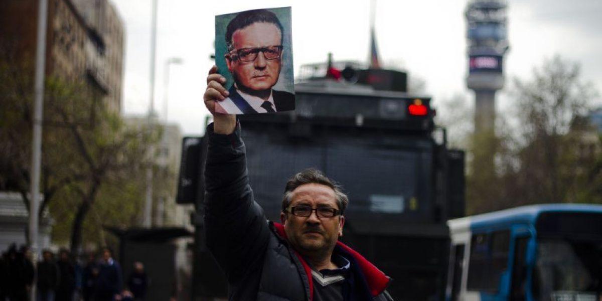 Polémica obra sobre Salvador Allende indigna a chilenos en Canadá