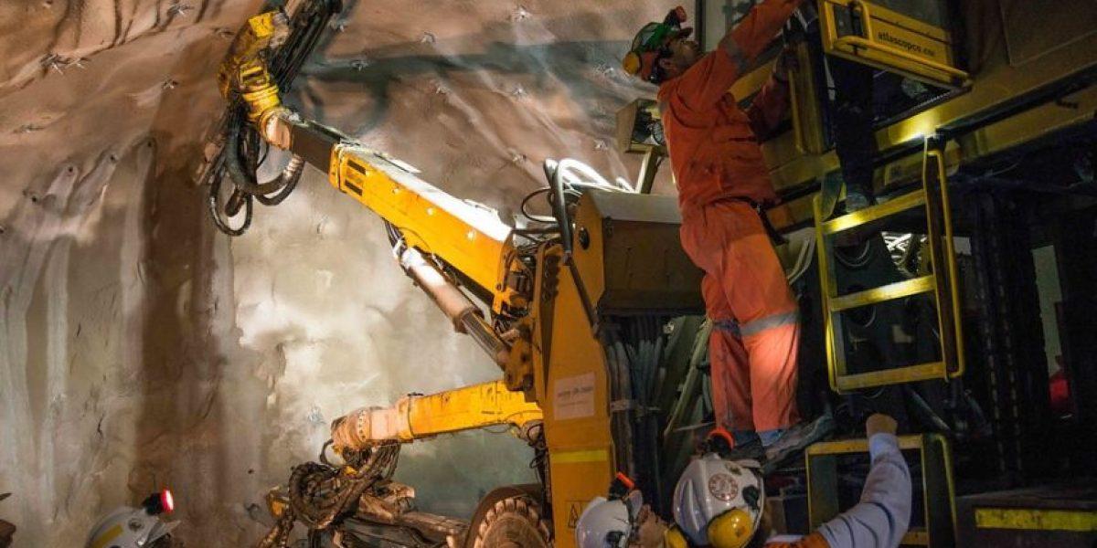 Trabajadores del Cobre se movilizan con cortes de ruta