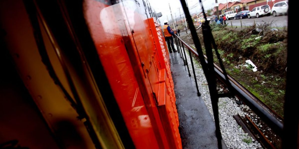 Joven muere atropellado por tren en la Región de Los Ríos