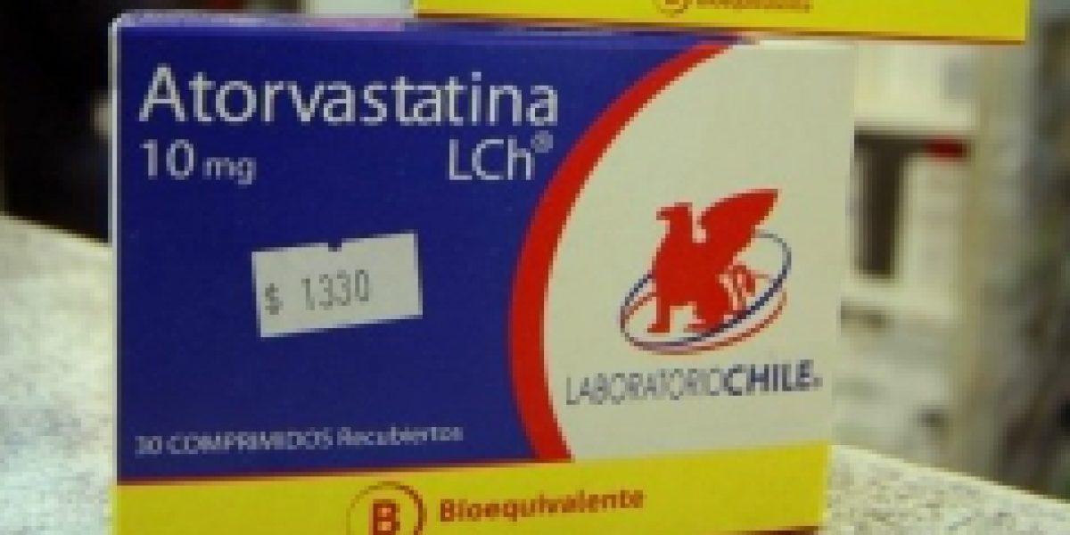 Sernac denuncia a farmacias por no informar precios