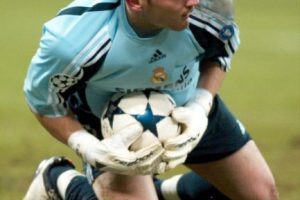 PORTERO: Iker Casillas Foto:Getty Images. Imagen Por: