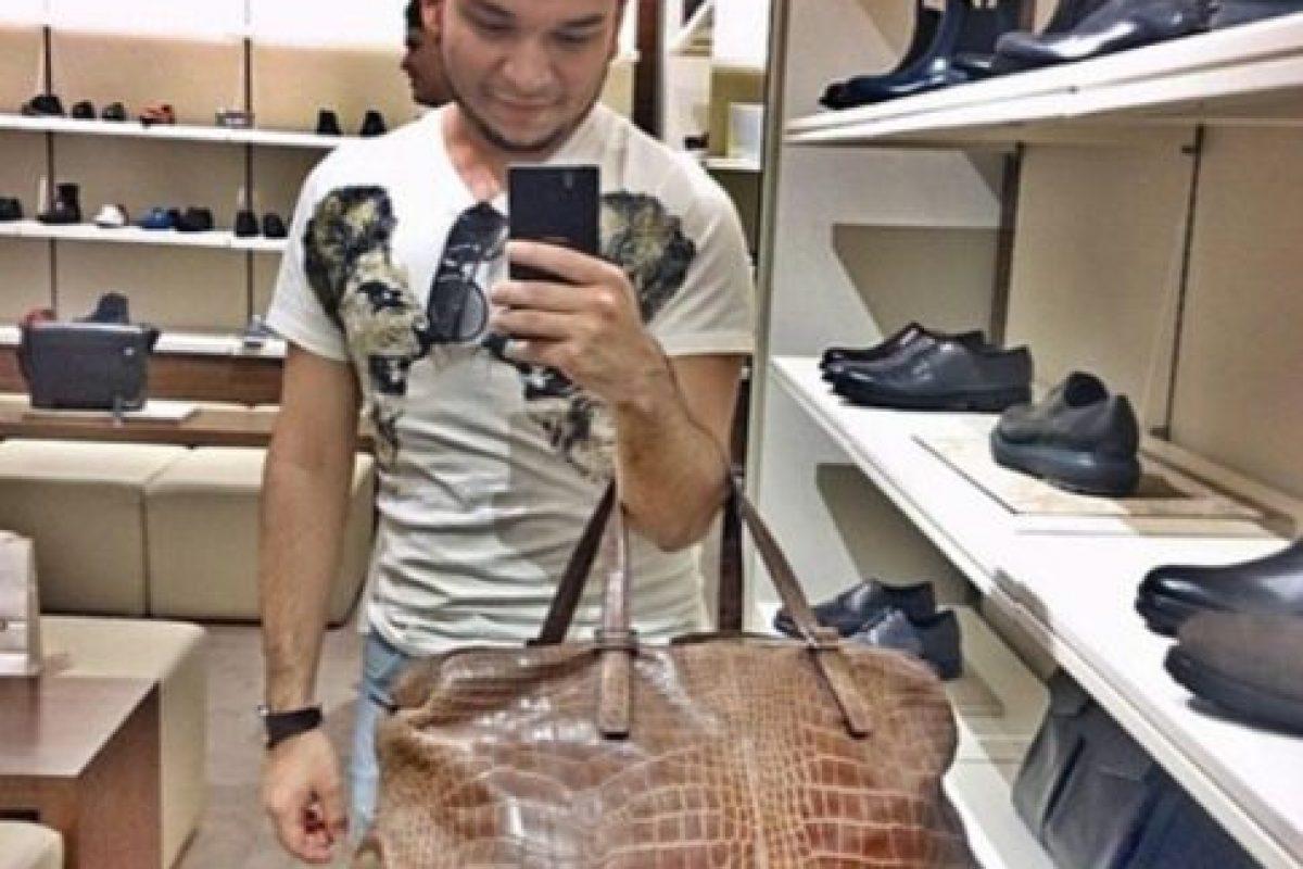 Compran artículos de lujo, como sus pares gringos. Foto:Instgram/RKOMC. Imagen Por: